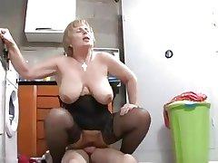 Granny fucks transmitted to repairman
