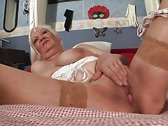 Tattooed Granny Toys The brush Meaty Pussy