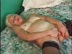 Slutty Granny Gets Fast Fucking With Cumshot