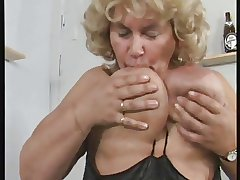 German BBW granny masturbates themselves loudly