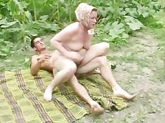 Granny anal outdoor screwing