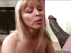 Bosomy milf Nicole Moore gets cum coated