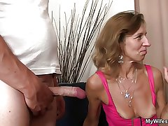 She sees her defy fucking not mother fro pretence