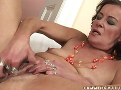 Simmering granny masturbate with an increment of squirt