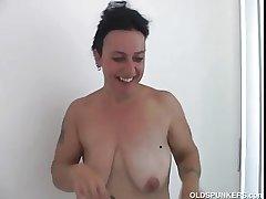 Spectacular mature babe Nina enjoys a unending fucking